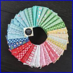 COZY CHRISTMAS Lori Holt Complete 33 Fat quarter bundle new cotton quilting fabric hand cut bundle and optional FQ panel Please Read