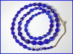 String of antique Bohemia blue semitransparency both quadrangular pyramids mixture beads free shipping CB19024-2